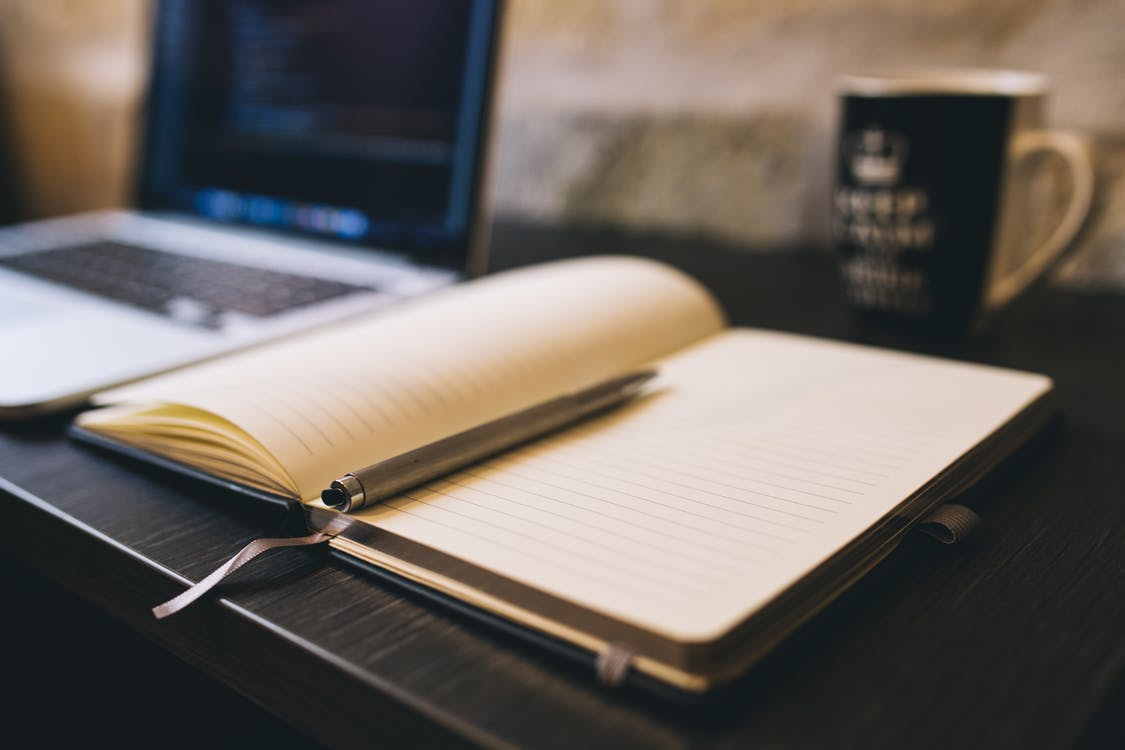 How to Be a Copywriter: Steps Towards a Successful Career